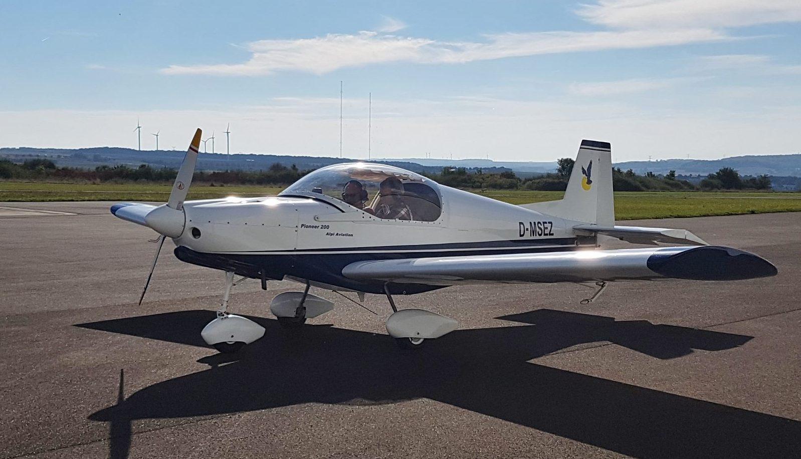 Permalink auf:Vereinsflugzeug Alpi Aviation Pioneer 200